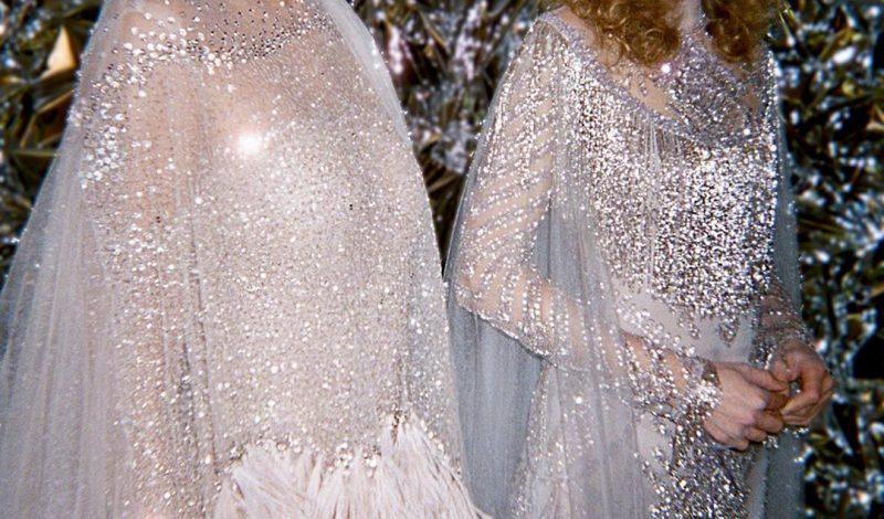 Bạn đã cập nhật xu hướng trang điểm cô dâu đầy ngọt ngào cho mùa xuân 2020?