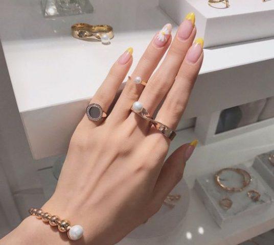 Ombre nail – bí quyết giúp nàng nổi bật trong dịp đầu năm mới