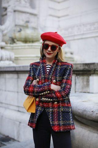 Những kiểu mũ thời trang cho nàng diện mùa cuối năm