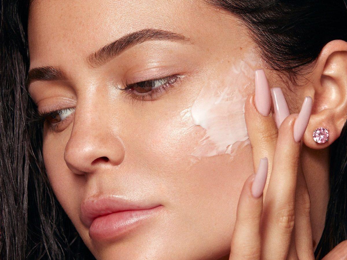 Da nhờn cần biết 5 cách kiềm dầu cho da mặt sau đây | Đẹp365