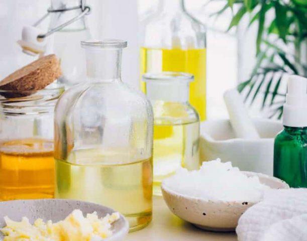 Da dầu khô sẽ không còn khi bạn áp dụng 8 liệu pháp chăm sóc tự nhiên ngay tại nhà sau