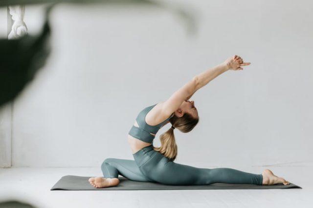 Thử thách: 10 ngày tập thể dục tại nhà cho vóc dáng khoẻ đẹp, bạn có dám thử?