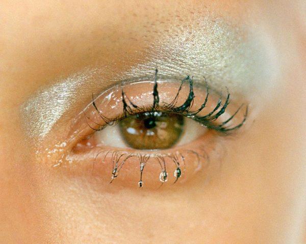 Bí kíp chăm sóc da vùng mắt được các beauty editor ưa chuộng là gì?