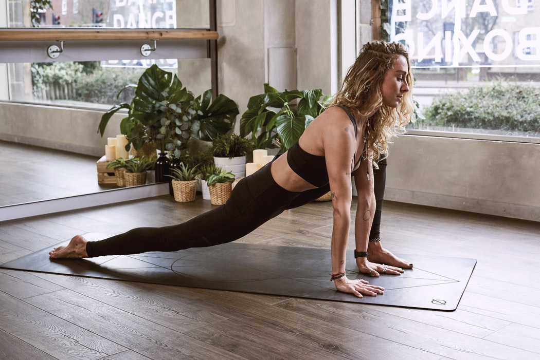 15 phút Pilates chính xác là cách giảm mỡ bụng cấp tốc mà bạn cần lúc này! 1