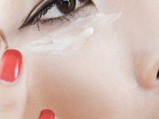 Tại sao kem mắt bạn đang dùng lại không phát huy tác dụng?
