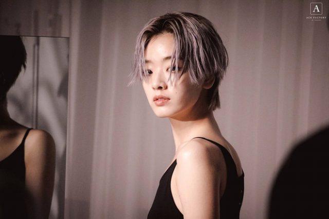 Tóc màu khói bạch kim bỗng dưng hot trở lại nhờ cô nàng đẹp trai trong 'Itaewon Class'
