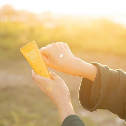 Dùng kem dưỡng da tay để thay thế sữa dưỡng thể, liệu có ổn không?