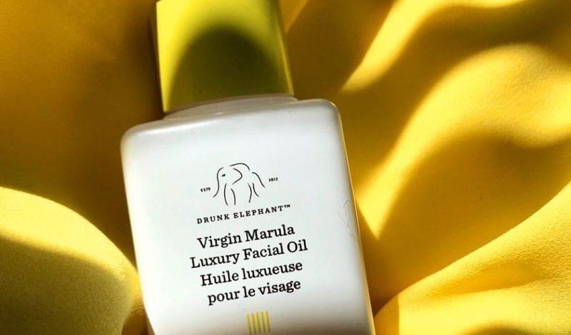 Chống lão hóa, dưỡng ẩm hay trị mụn đều là khả năng của 10 loại tinh dầu này