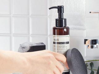 Làn da sạch bóng với 6 bước dùng dầu tẩy trang sau đây