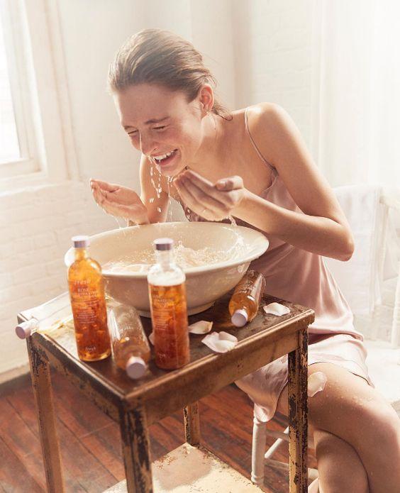 Làm sạch sâu da trước khi đắp mặt nạ