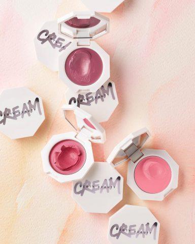 """HOT: Cập nhật ngay BST """"Cheek Out"""" – phấn má hồng dạng kem nhà Fenty Beauty"""
