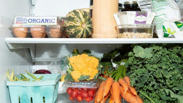 Lấy lại vẻ ngoài tươi trẻ không khó với 5 thực phẩm từ thiên nhiên sau