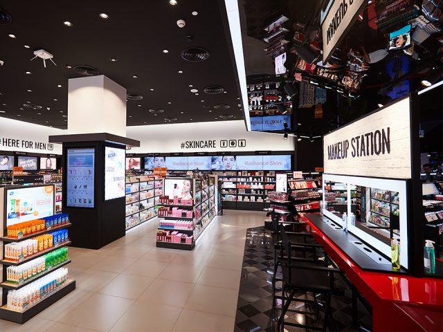"""Chứng kiến sự """"đổ bộ"""" của hàng loạt thương hiệu mới toanh trên Watsons khiến hội làm đẹp đứng ngồi không yên"""