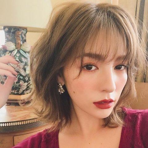 Tóc ngắn layer xoăn – kiểu tóc đủ sức chiều lòng mọi cô nàng cá tính