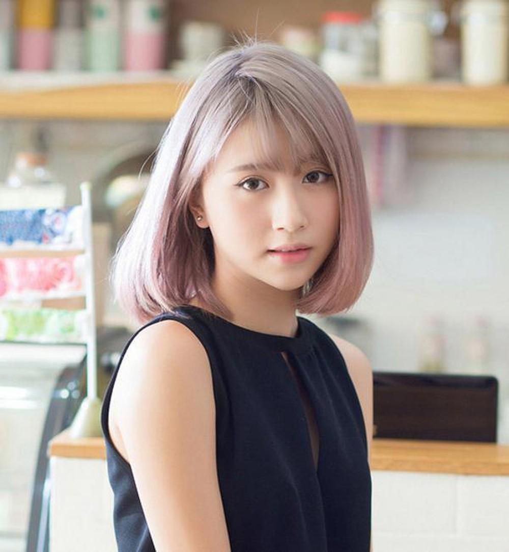 Kiểu tóc ngắn uốn phồng nhuộm màu tím sữa sành điệu