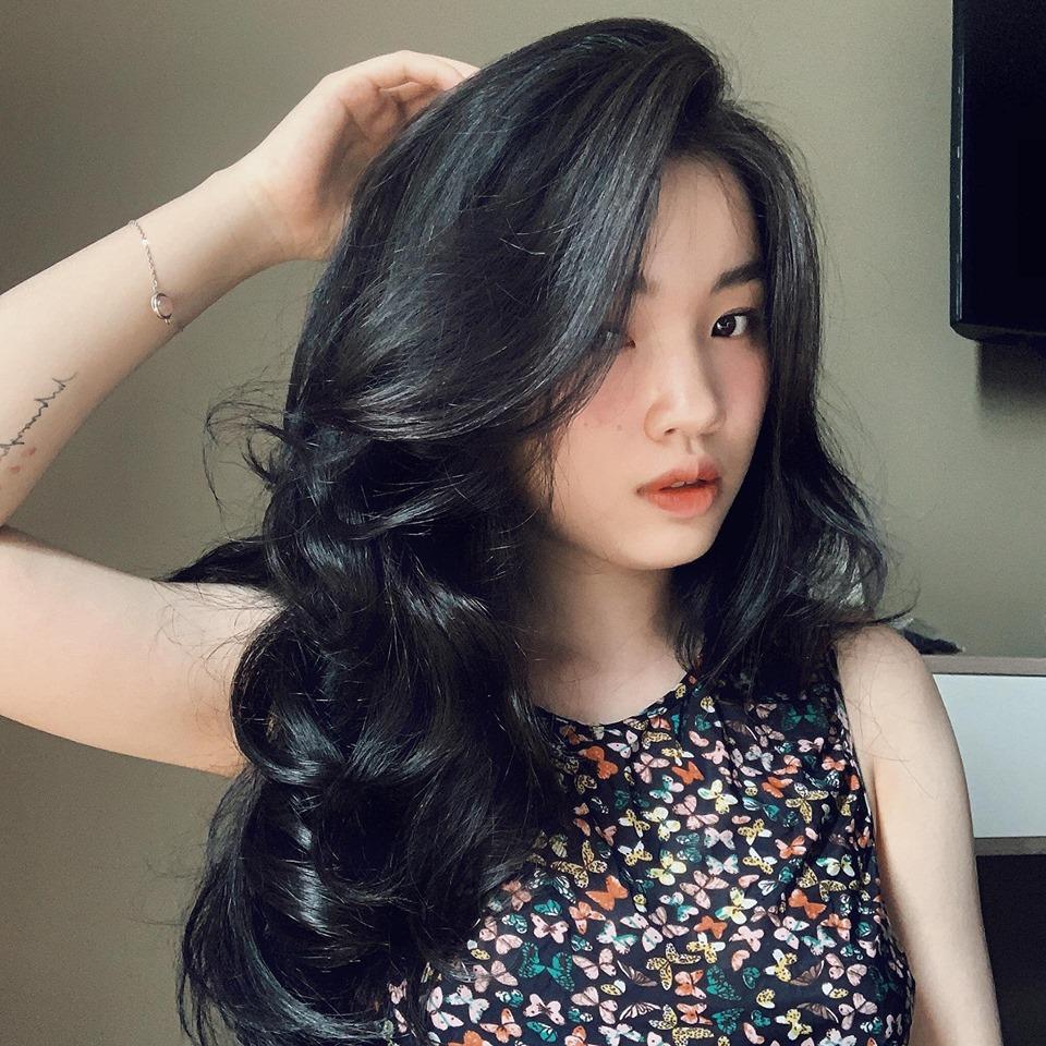 tóc uốn dài
