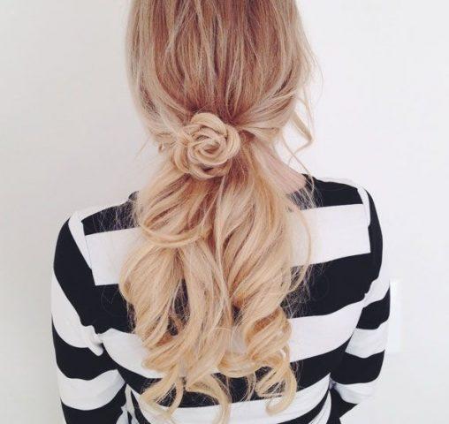 Kiểu tóc nữ đẹp - Búi tóc bông hoa