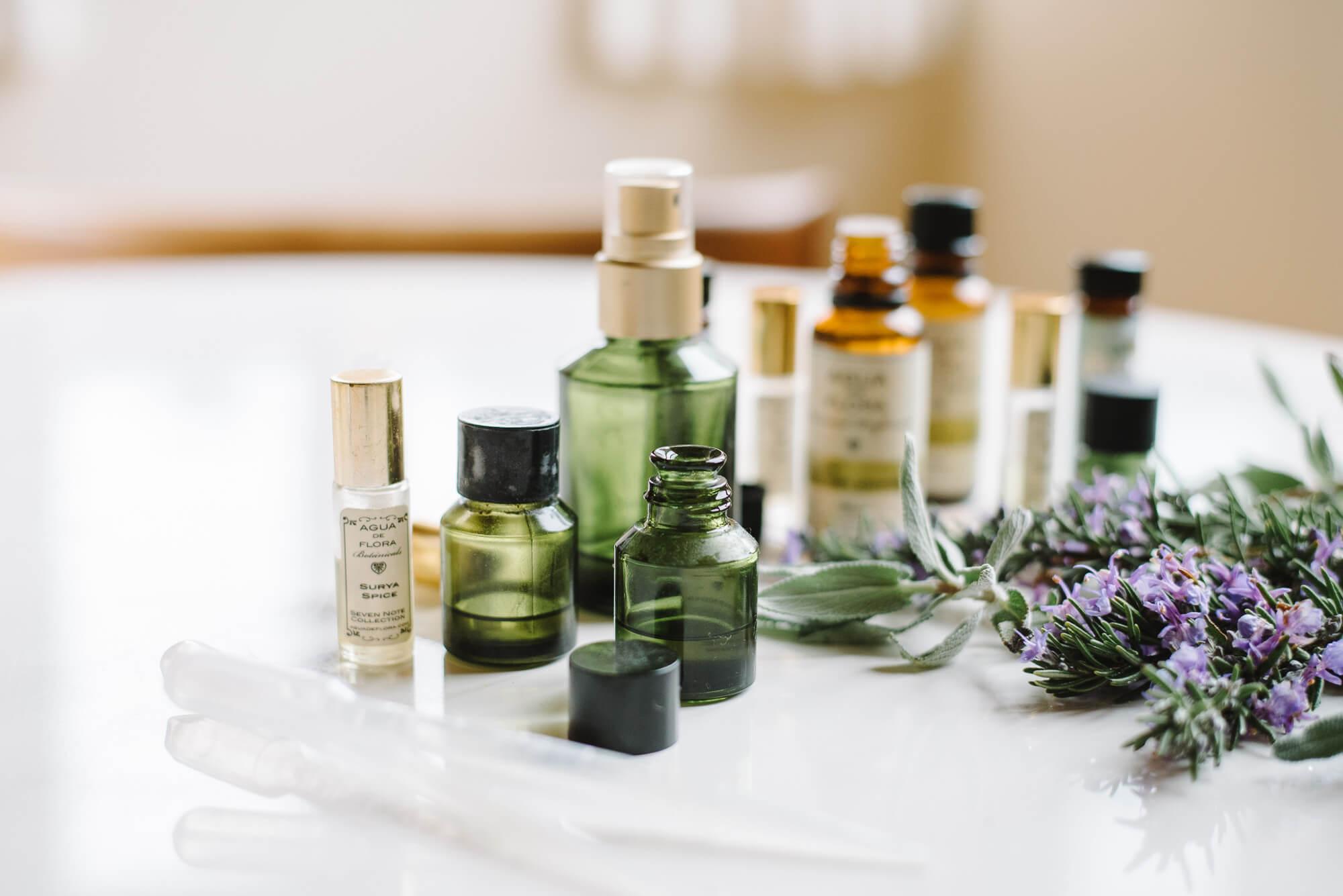chăm sóc bản thân bằng liệu pháp mùi hương
