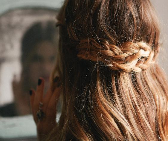 Phục hồi tóc hư tổn tại nhà nhanh và hiệu quả nhất với 5 bước