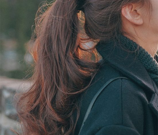 7 kiểu buộc tóc dài thẳng đơn giản mà thu hút đến diệu kỳ