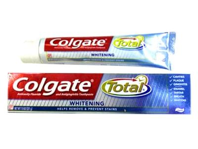 kem đánh răng làm trắng răng