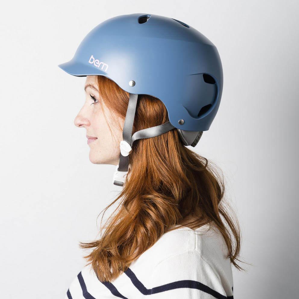 cách giữ nếp tóc khi đội mũ bảo hiểm