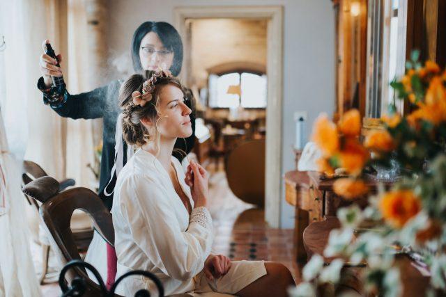 Bí kíp giúp nàng có kiểu tóc cô dâu tuyệt đẹp mùa cưới 2020