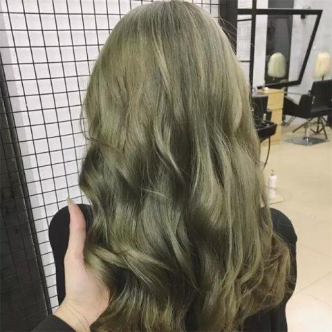 Màu tóc nhuộm rêu khói