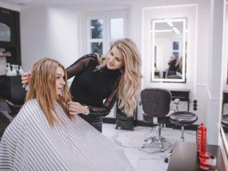 Bạn hỏi – Chuyên gia trả lời: Đây là các thắc mắc thường gặp khi chăm sóc tóc!