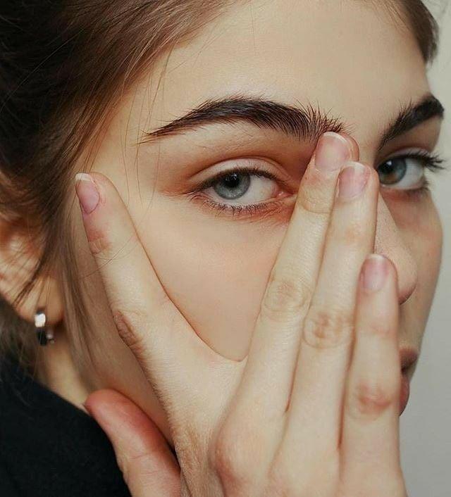 xóa nếp nhăn vùng mắt