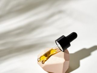Những điều nên và không nên khi sử dụng serum chống rụng tóc nàng không được bỏ qua