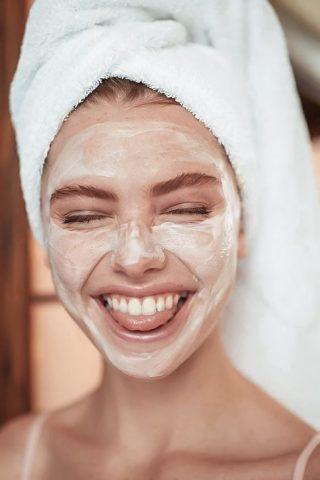4 lí do vì sao cần đắp mặt nạ thải độc cho da ngay sau Tết!