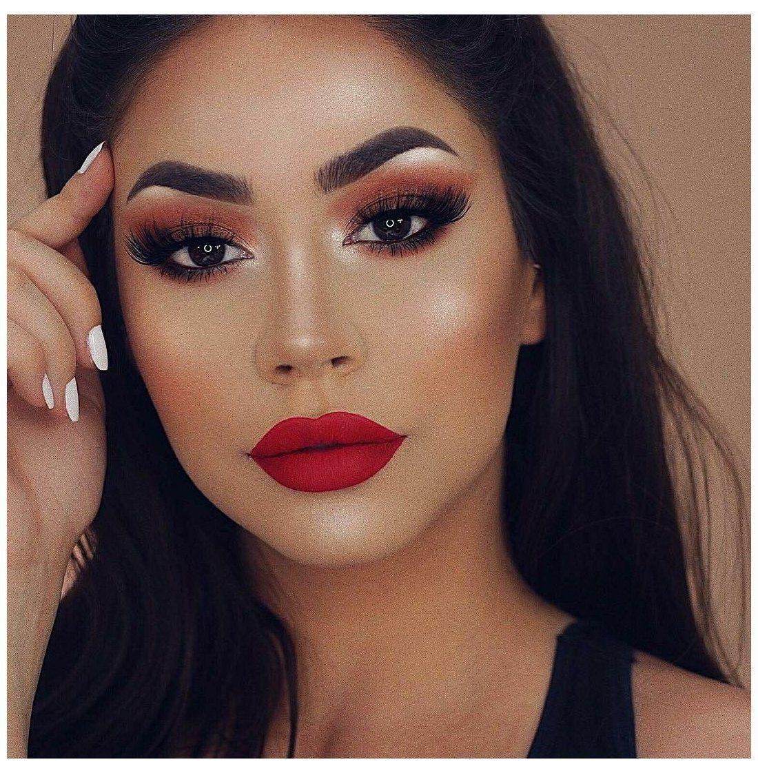 Makeup tone màu đỏ