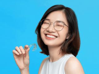 Tất tần tật về niềng răng trong suốt – Phương pháp niềng răng được nhiều người ưa chuộng