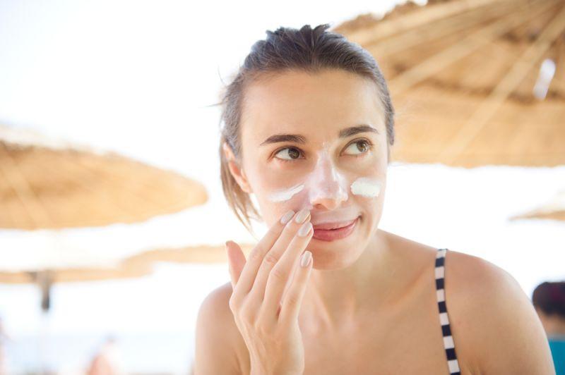 Bảo vệ cho cả đôi môi, da đầu và mắt