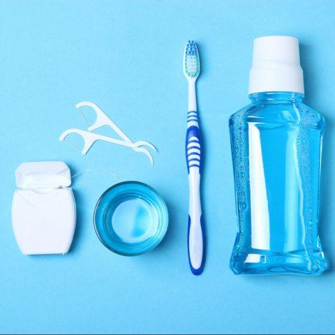 chăm sóc răng làm trắng răng tại nhà
