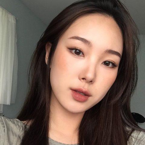 makeup tone tây cho mặt tròn