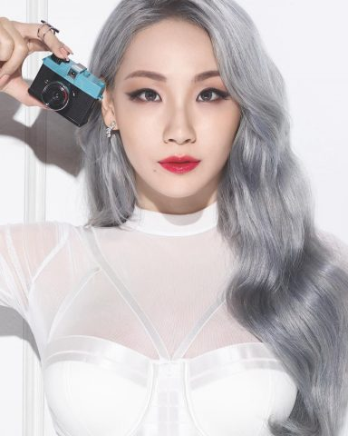 Trend 2021: 15 màu tóc bạch kim thời thượng đi đến đâu nổi bật đến đó