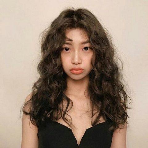 20+ Kiểu tóc uốn ngang vai đẹp nhất 2021 cho mọi khuôn mặt
