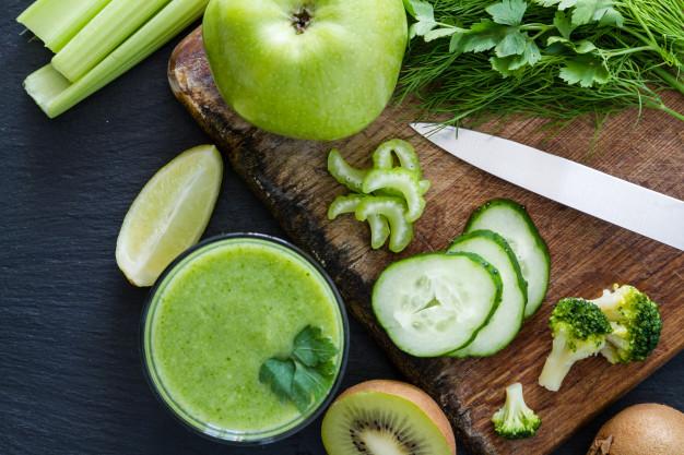 cách uống nước ép cần tây giảm cân với chanh vào táo