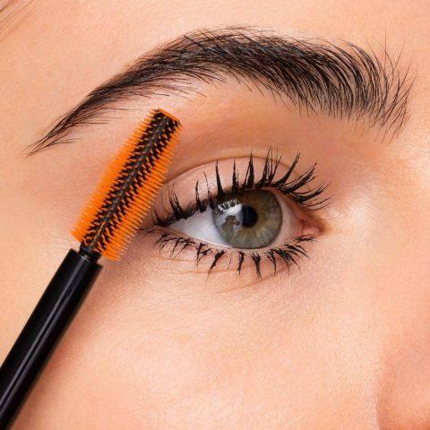trang điểm mắt mascara