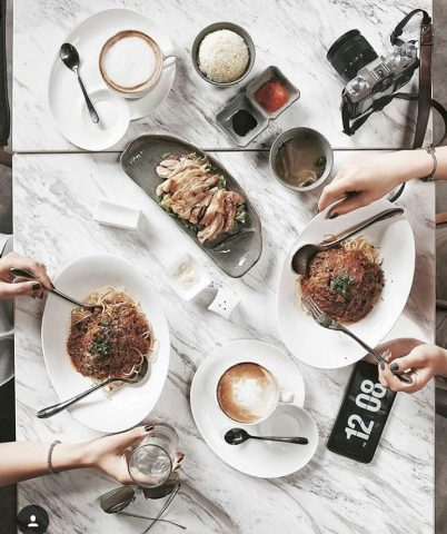 """Ngưng thắc mắc """"ăn gì"""", tham khảo ngay các địa điểm ăn uống qua các Hot instagramer"""