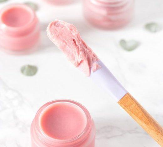 Tiktok trend làm đẹp cực HOT: Son bóng handmade giúp môi căng mọng, hồng ánh