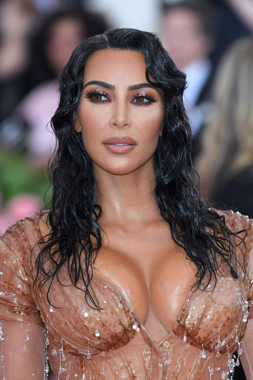 Kiểu Tóc Đẹp của Kim Kardashian - Met Gala 2019