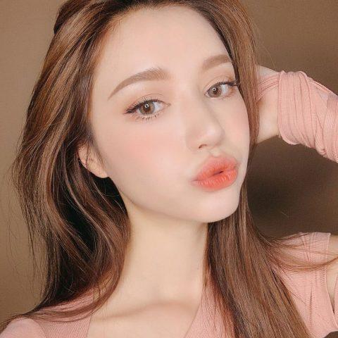 Makeup tone tây cam đào