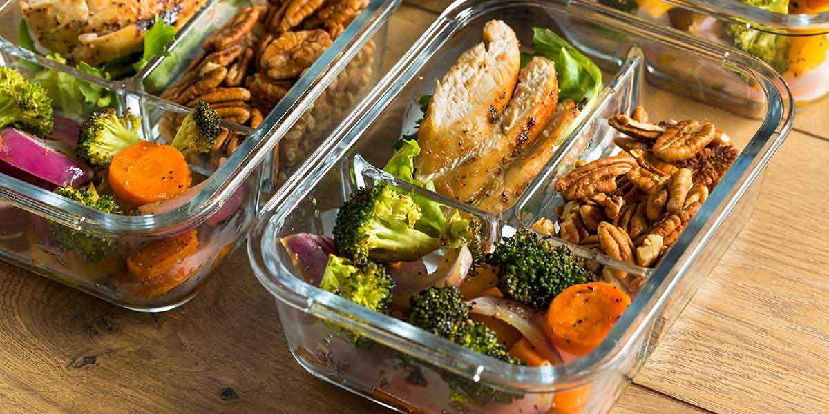 Cách giảm cân tại nhà không dùng thuốc bằng việc tính toán lượng calo cần tiêu thụ cho cơ thể mỗi ngày