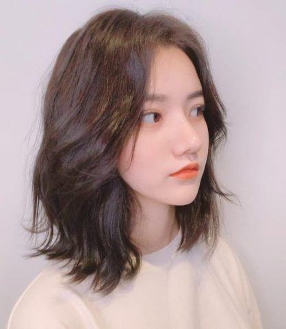 Cắt tóc layer nữ ngắn mái bay