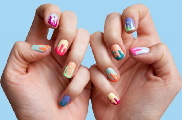 Top 5 Màu sơn móng tay sẵn sàng làm nóng mùa hè của bạn