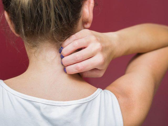 Giải đáp thắc mắc về triệu chứng ngứa toàn thân theo bác sĩ da liễu