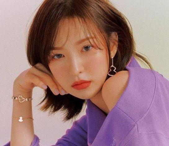 17 kiểu tóc ngắn dễ thương theo phong cách Hàn, Nhật hot nhất 2021